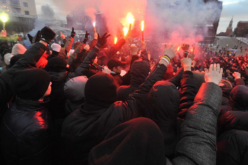 Беспорядки на Манежной площади (143 фото + видео) .